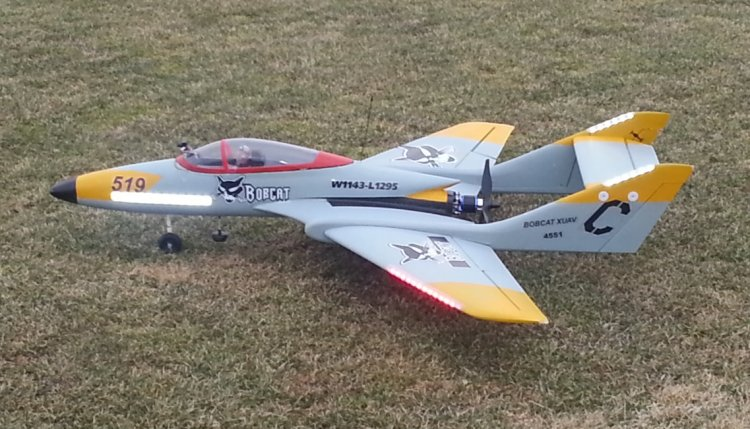 XUAV Bobcat 1.14m Wingspan Pusher Jet Kit Version