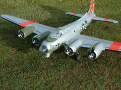 "Freewing B-17 ""Flying Fortress"" 63''/1600mm Brushless Warbird with Worm Drive Retracts Silver PNP"