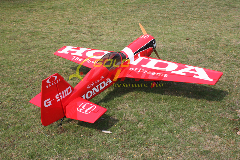 Goldwing ARF Sukhoi SU-26 26CC 70''/1780mm Gas RC Airplane B