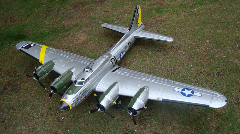 "B-17 ""Flying Fortress"" 72''/1875mm Brushless Warbird with Worm Drive Retract System PNP Silver"